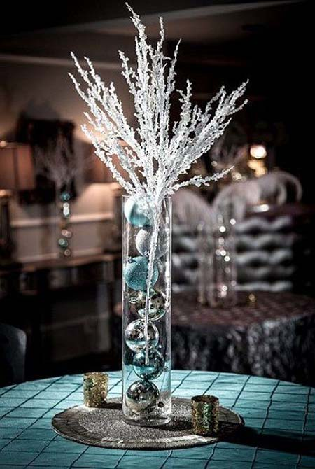 christmas table decorations 1 - Silver Christmas Table Decorations