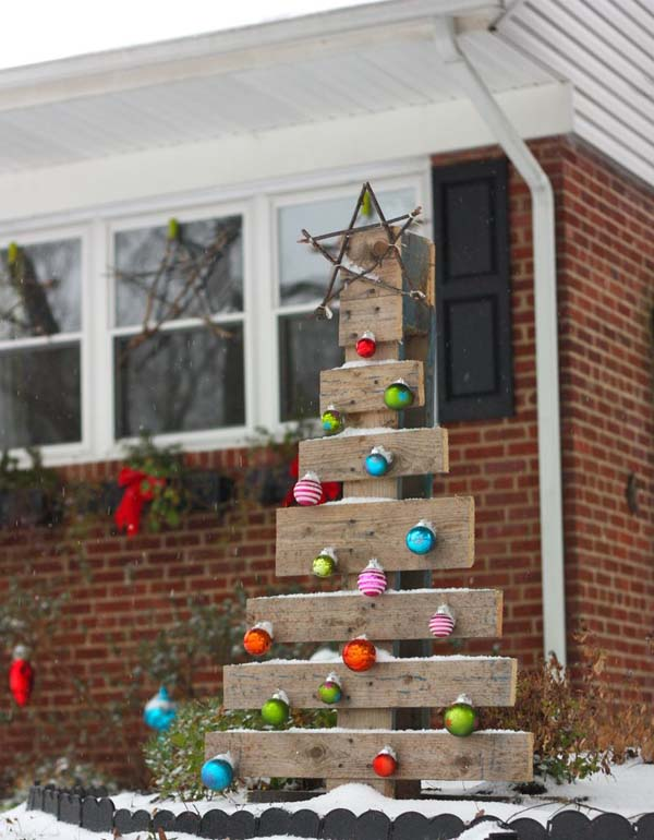 outdoor christmas decorating ideas 08 - Outdoor Christmas Decorating Ideas Pictures
