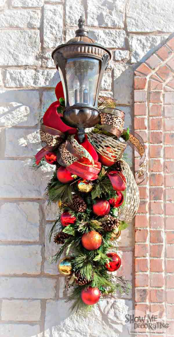 Exterior Holiday Decorating Ideas Part - 32: Christmas Snydle.