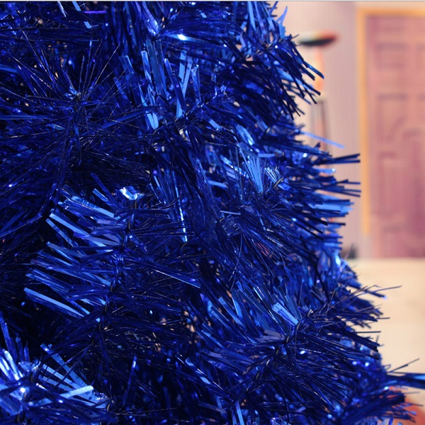 32 - Blue Decorated Christmas Tree