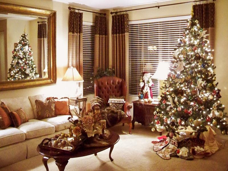 40 christmas decorations spreading on pinterest all - Pictures of decorated living rooms ...