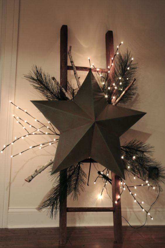 christmas star on christmas ladder - Christmas Ladder Decor