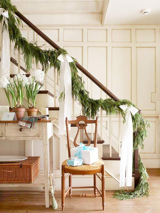 christmas-banister-decorations-10