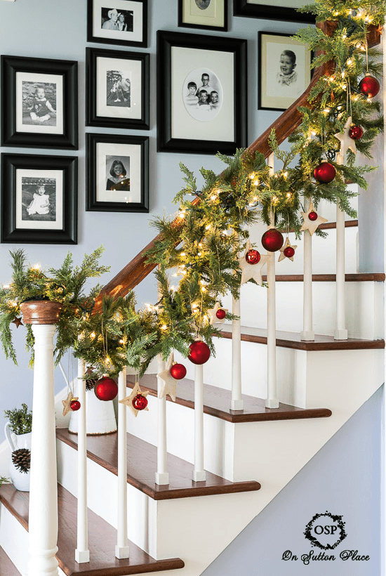 christmas-banister-decorations-11