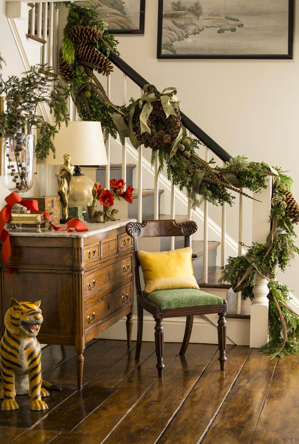 christmas-banister-decorations-14