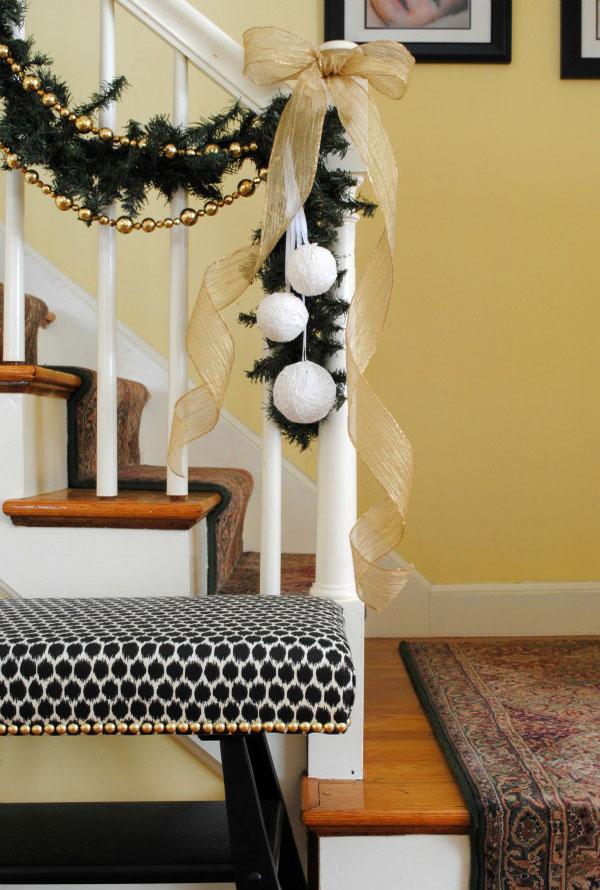 christmas-banister-decorations-18