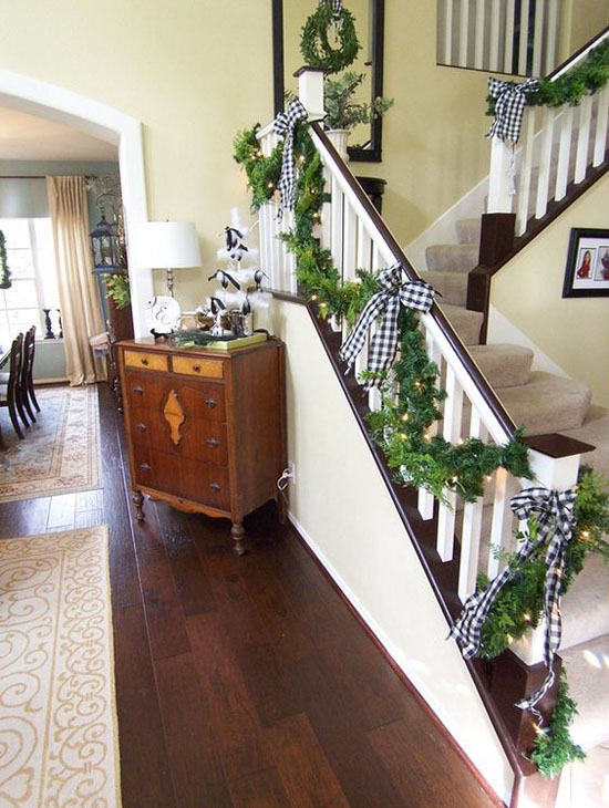 christmas-banister-decorations-19