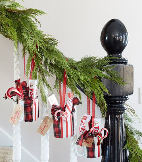 christmas-banister-decorations-26