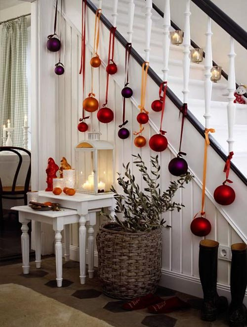 christmas-banister-decorations-3