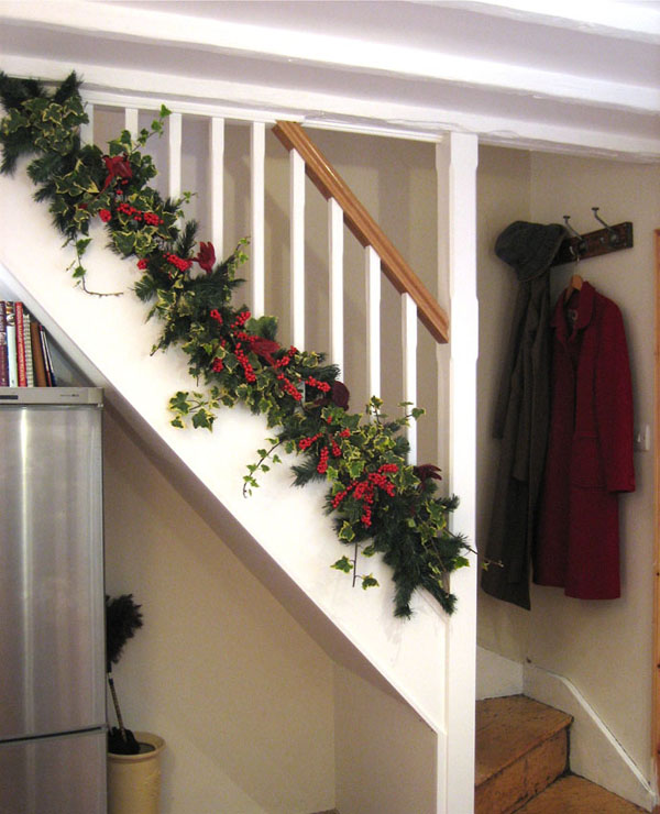 christmas-banister-decorations-35