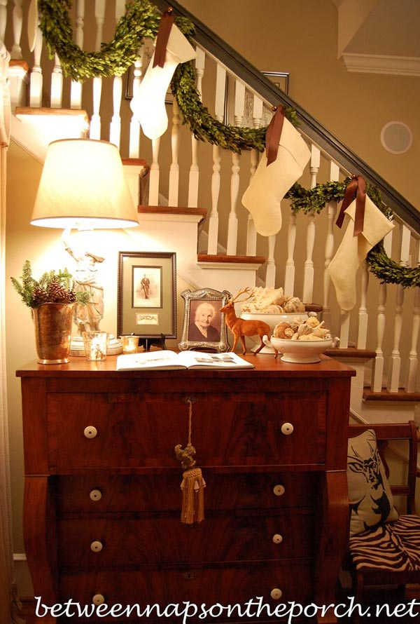 christmas-banister-decorations-8