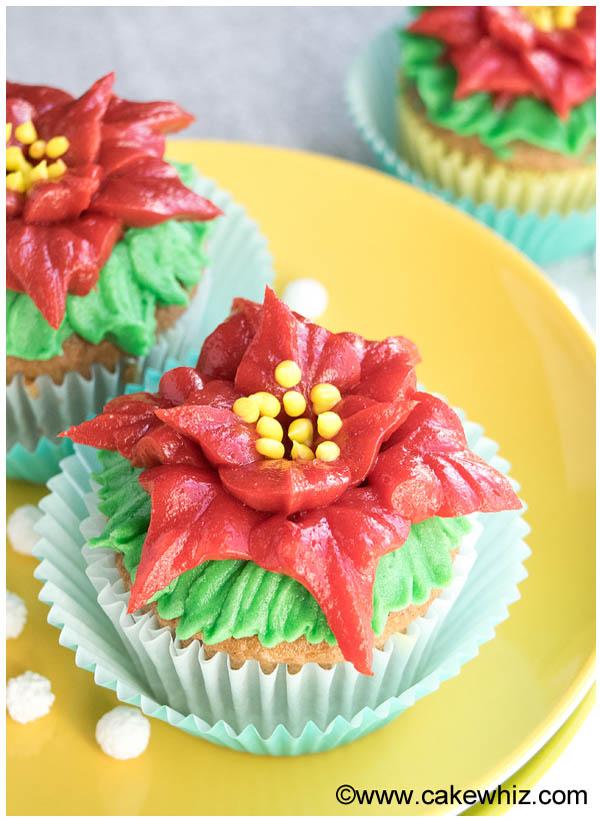 christmas-cupcakes-34