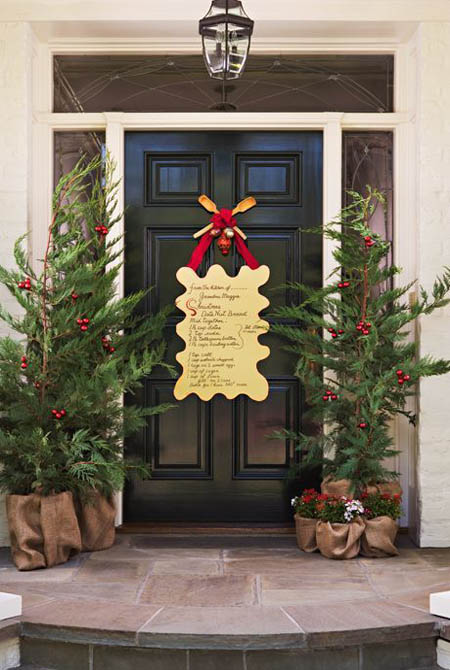 christmas-front-door-decorations-10