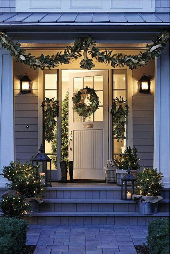 christmas-front-door-decorations-12