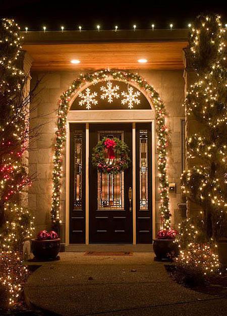 christmas-front-door-decorations-13
