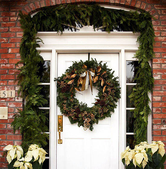 christmas-front-door-decorations-18