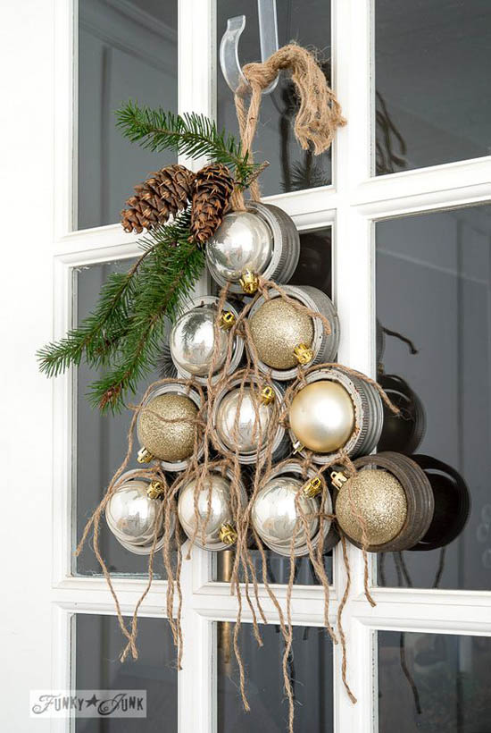 christmas-front-door-decorations-24