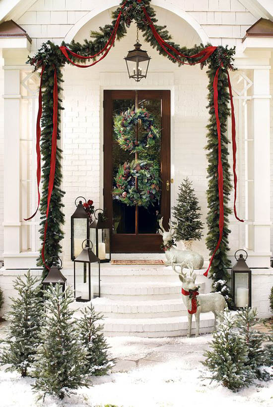 christmas-front-door-decorations-25