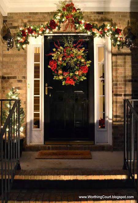 christmas-front-door-decorations-26