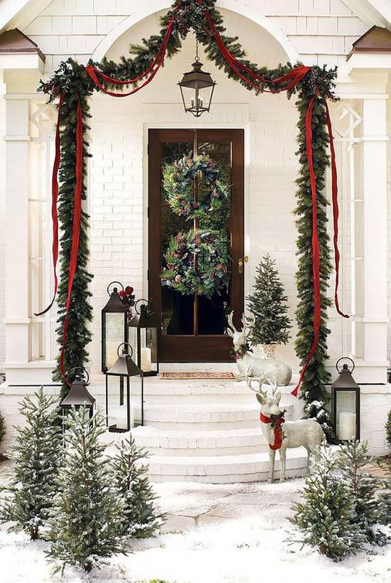 christmas-front-door-decorations-3