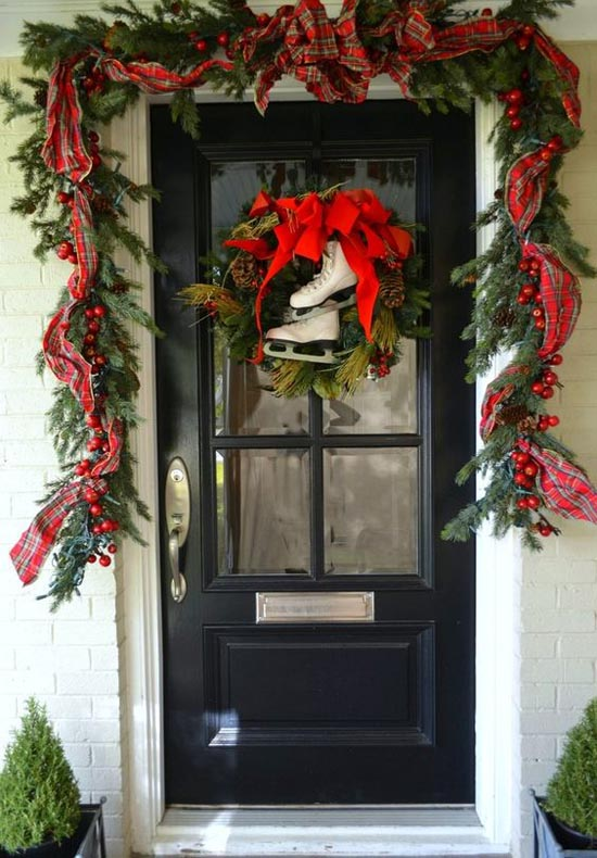 christmas-front-door-decorations-31