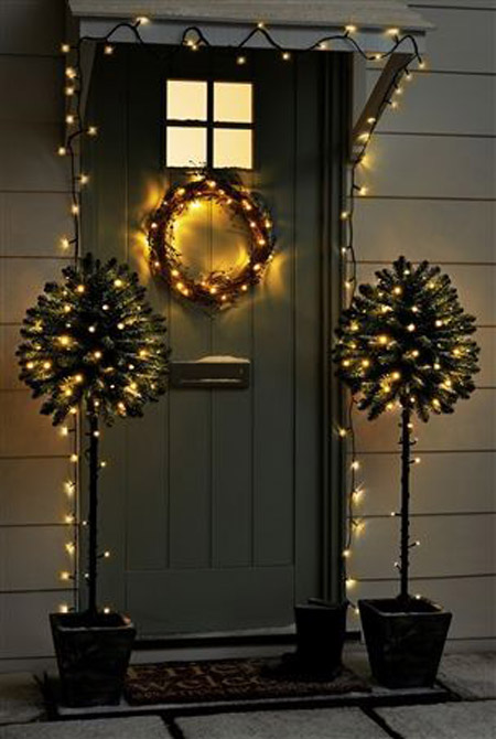 christmas-front-door-decorations-34