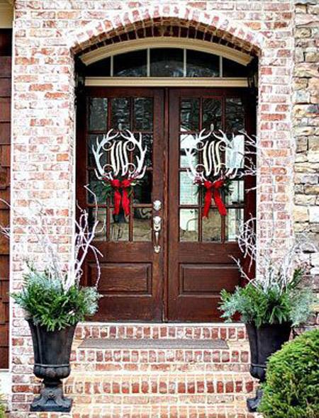 christmas-front-door-decorations-35