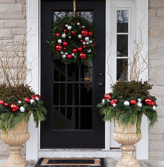 christmas-front-door-decorations-8