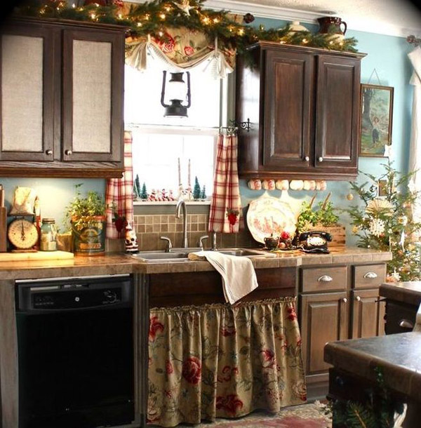 christmas kitchen decorations 19 - Christmas Decorations For Kitchen Cabinets