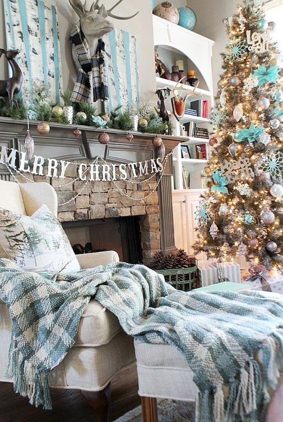 Most breathtaking christmas living room decorating ideas for Xmas living room ideas