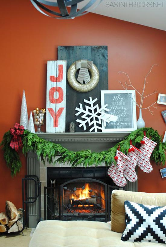 christmas-living-room-decorating-ideas-35