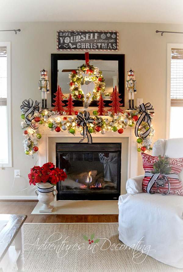 christmas-mantel-decorations-16
