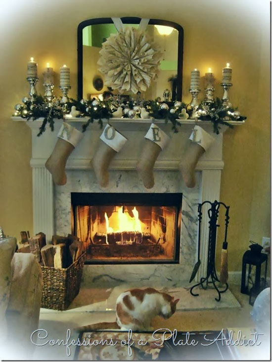 christmas-mantel-decorations-17