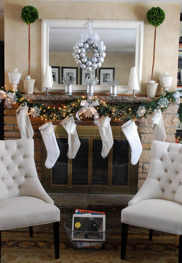 christmas-mantel-decorations-18