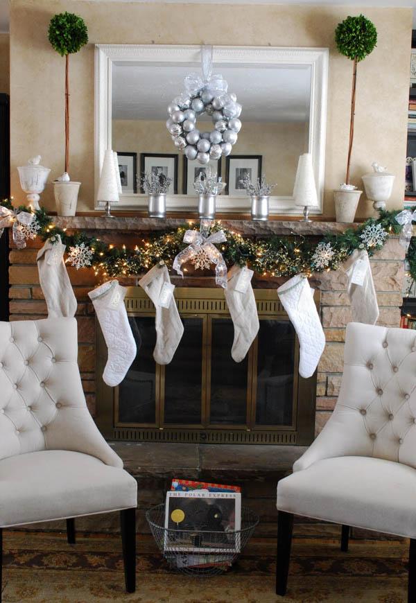 christmas-mantel-decorations-18