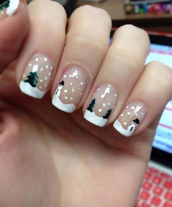 40+ Festive And Fabulous Christmas Nail Art Designs