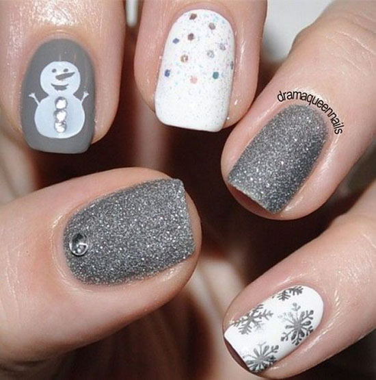 christmas-nail-art-designs-33