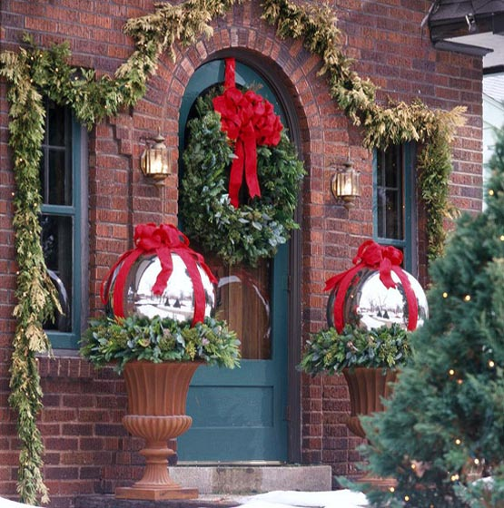 christmas-porch-decorating-ideas-13