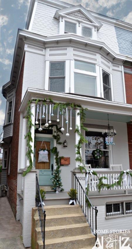 christmas-porch-decorating-ideas-14