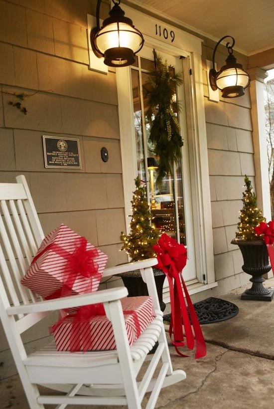 christmas-porch-decorating-ideas-21