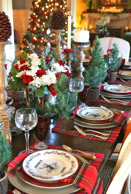 christmas-tablescapes-22