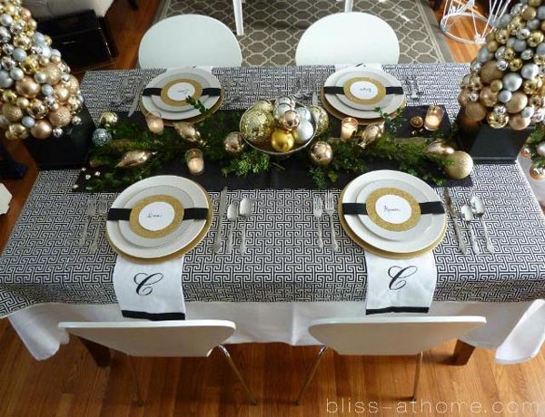 christmas-tablescapes-26