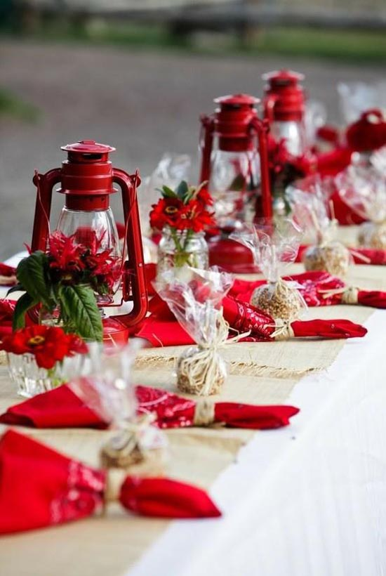 christmas-tablescapes-29