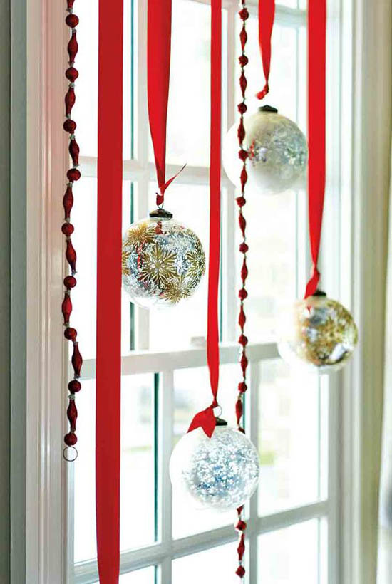 40 Stunning Christmas Window Decorations Ideas All