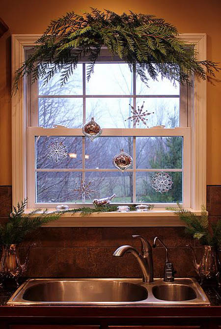 christmas-window-decoration-ideas-18