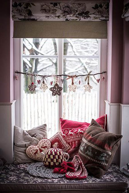 40+ Stunning Christmas Window Decorations Ideas  All. Laundry Room Fixtures. Ikea Room Design Game. Pictures Of Designer Living Rooms. Small Dining Room Ideas. 60 Inch Dining Room Table. En Suite Shower Room Design. Living Room And Kitchen Design. Industrial Dining Room Tables