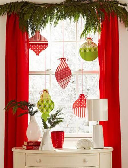 40 Stunning Christmas Window Decorations Ideas All