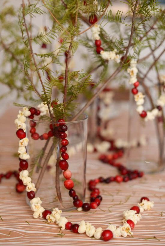 cranberry-christmas-decorations-4