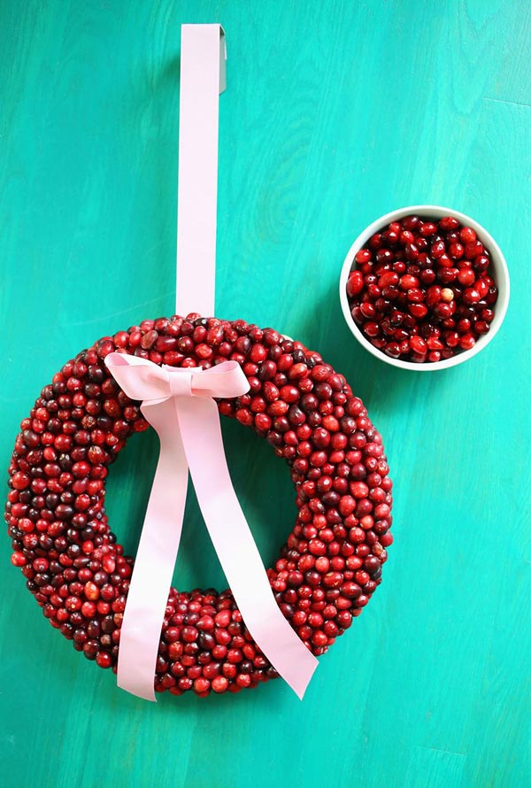 cranberry-christmas-decorations-9