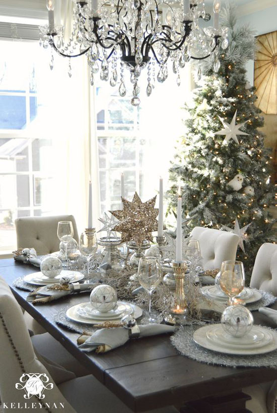 dining-room-christmas-decorations-12